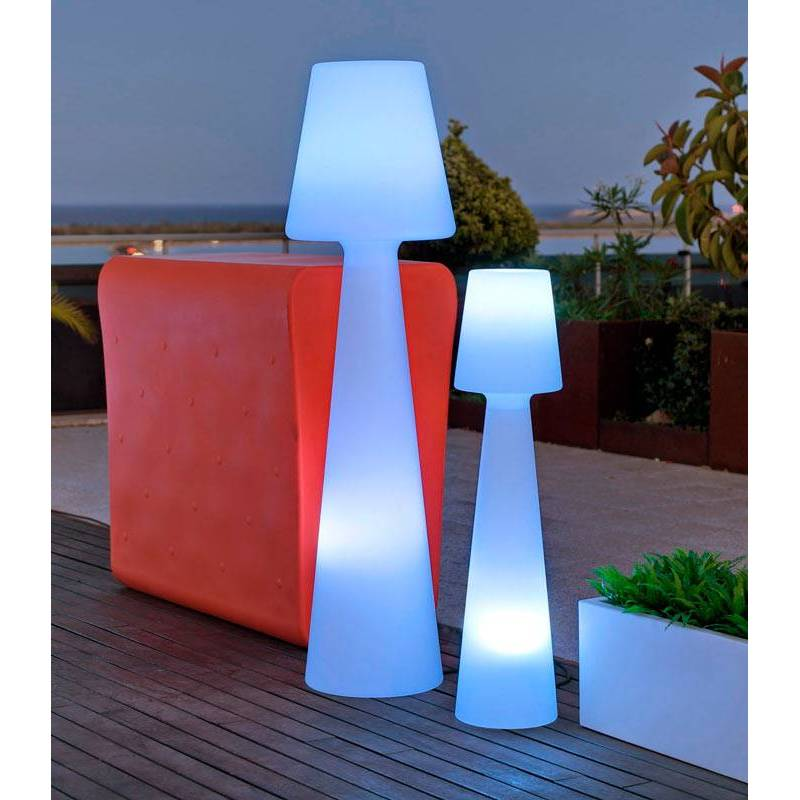 newgarden lola 110cm ip65 exterior cool floor lamp. Black Bedroom Furniture Sets. Home Design Ideas