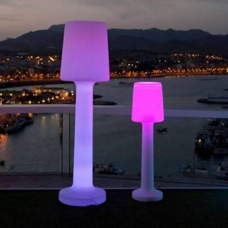 Lámpara de pie Carmen RGB LED IP65 - Newgarden