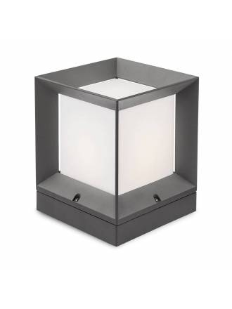 REDO Landmark E27 IP54 aluminium post lamp