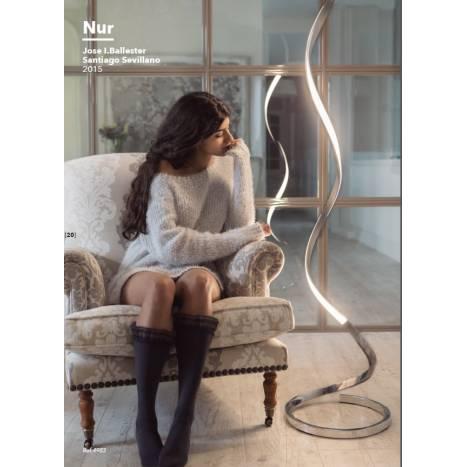 Lampara de pie Nur LED 22w de Mantra